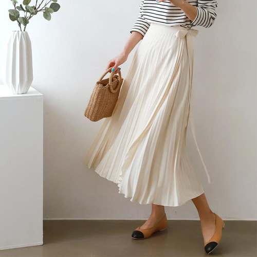 Pleats Wrap Long Skirt