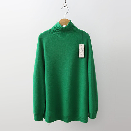 Hoega Wool Turtleneck Sweater