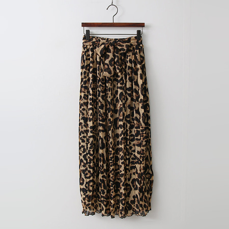Leopard Pleated Long Skirt