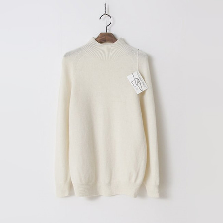 Laine Wool N Cashmere Mini Turtle Sweater