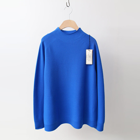 Laine Wool Turtleneck Sweater - 이태리원사
