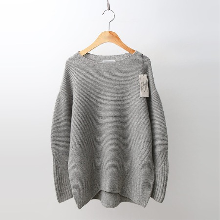 Hoega Cashmere Wool Round Sweater