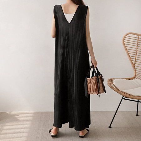 Pleats Wide Jumpsuit