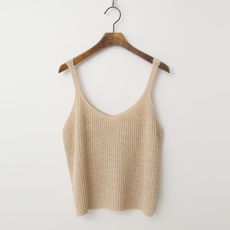 Sleeveless Crop Knit