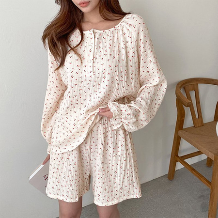 Soft Cherry Pajama Set - 반바지