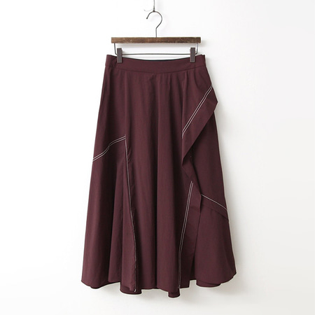 Stitch Flare Full Long Skirt