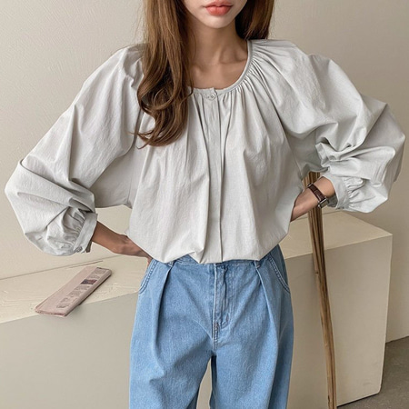 Goddess Puff Blouse