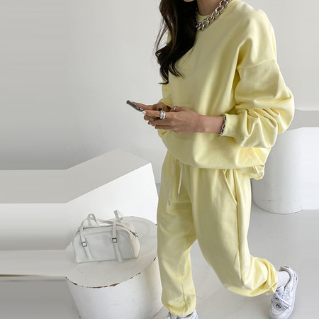 [Set] Pastel Sweatshirt + Jogger Pants