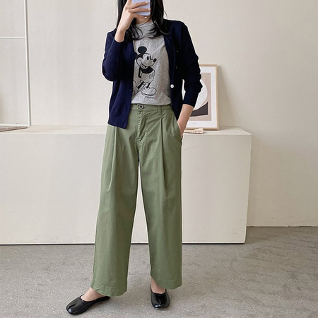 Amour Pintuck Wide Pants