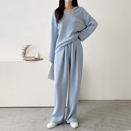 [Set] Hood V-Neck Tee + Wide Pants