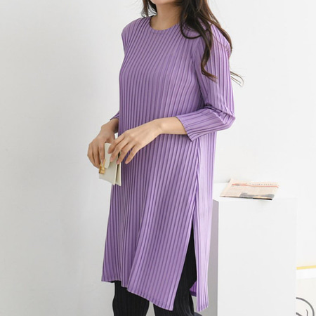 Pleats Slit Long Blouse