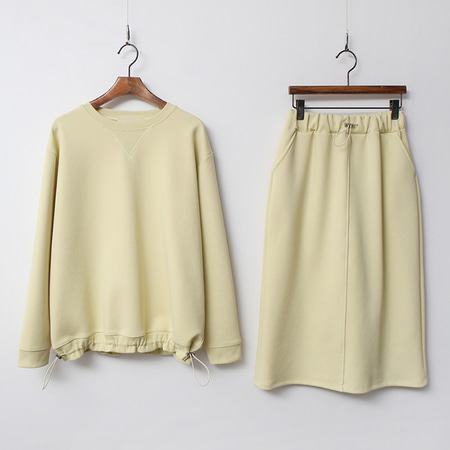 [SET] Tencel String Sweatshirt + Skirt