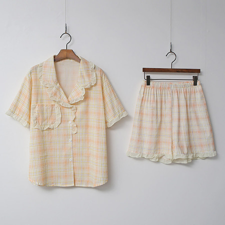 Check Frill Pajama Set