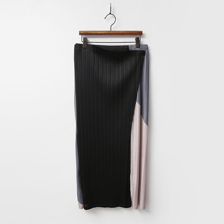 Pleats Combo Long Skirt