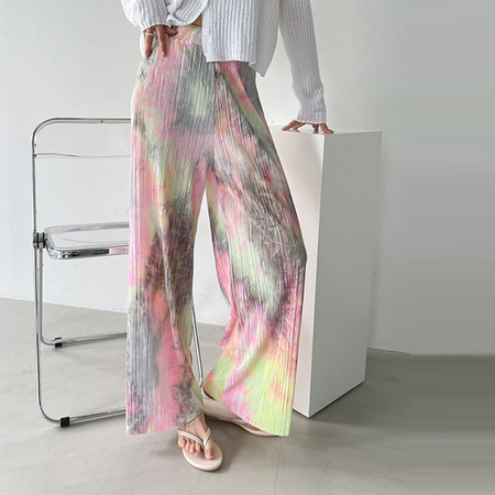 Pleats Play Wide Pants